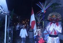 Ondel-Ondel ramaikan pawai obor dalam peringatan tahun baru hijriah/Foto Andika/Nusantaranews