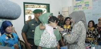 Posyandu saat menangani kesehatan bayi/Foto Sis/Nusantaranews