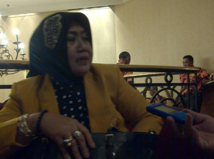 Anggota Komisi D DPRD Jatim Atika Banowati saat ditemui di kantornya, Kamis (12/10). (Foto: Tri Wahyudi/NusantaraNews)