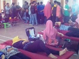 Sivitas Akademika UMK Antusias Donor Darah. Foto Rosidi/ Humas UMK/ NusantaraNews