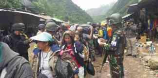 Tim Gabungan Lakukan Evakuasi Korban Penyanderaan OPM (Foto Istimewa/Nusantaranews)