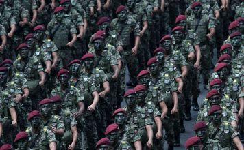 Angkatan Bersenjata Malaysia (The Malaysian Armed Forces) siap jika dibutuhkan Palestina. Foto: Miera Zulyana/Via AFP