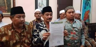 Forum Komunikasi Kiai Kampung Jawa Timur (FK3JT) meminta Hari Kesetiakawanan Sosial Nasional (HKSN) 2017 yang akan diselenggarakan di Surabaya pada 20 Desember tidak dipolitisasi calon gubernur Jawa Timur, Khofifah Indar Parawansa. Foto: Tri Wahyudi/NusantaraNews