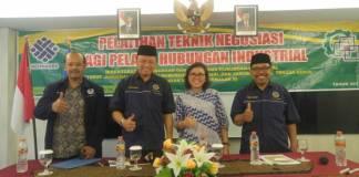 Presiden K-Sarbumusi, Syaiful Bahri Anshori dalam pelantikan DPC Sarbumusi se-Madura raya dan DPC Sarbumusi kota Pasuruan bertempat di hotel Crown Prince Surabaya. Foto: Ucok Al Ayubbi/NusantaraNews