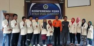 11 mahasiswa STKIP PGRI Sumenep datang dari Thailand disambut gembira oleh pikah akademik. Foto: Dok. Mahdi Al Habib/ NusantaraNews