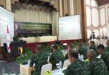 Pangdam V Brawijaya menyampaikan program-program kerja yang nantinya wajib dilakukan oleh seluruh prajurit di wilayah teritorialnya di balai prajurit Makodam V/Brawijaya pada Selasa (20/2). (Foto: Istimewa)