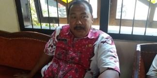 Kepala Dinas Kependudukan Catatan Sipil (Disdukcapil) Kabupaten Sumenep Akh Zaini. (Foto: NUSANTARANEWS.CO/Mahdi AL Habib)