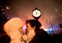 Malam Tahun Baru paling romatis. Foto: shayarix.com