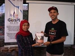 Anggota Laskar Digital Aceh, Muhammad Arista Rahmadhani menulis buku berjudul Titik-Titik Rindu. (Foto: Istimewa)