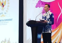 Ketua Fraksi Partai Demokrat DPR RI, Edhie Baskoro Yudhoyono (Ibas) saat Seminar Nasional Hari Perempuan Internasional 2018 di Gedung DPR RI Senayan Jakarta, Senin (19/3/2018). (Foto: Muh Nurcholis/NusantaraNews)