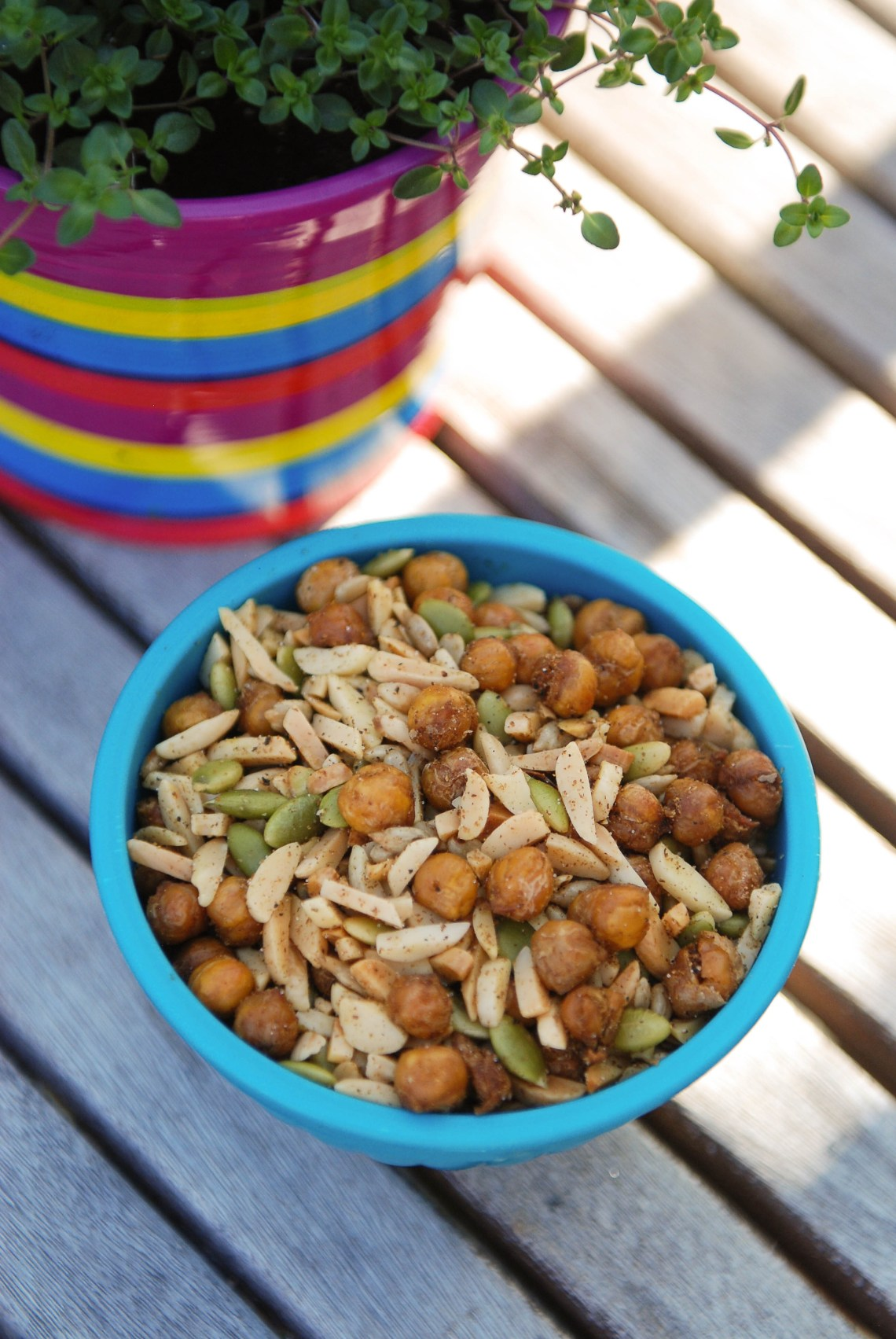 Spicy Roasted Chickpeas from Nourish on Nutmeg Disrupted