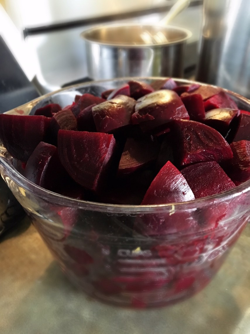 Prepping beets for picklesin the Nutmeg DIsrupted kitchen