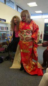 kimono-action