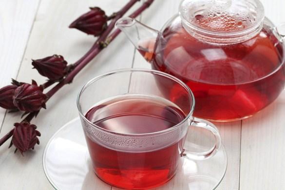 Conheça os benefícios do chá de hibisco