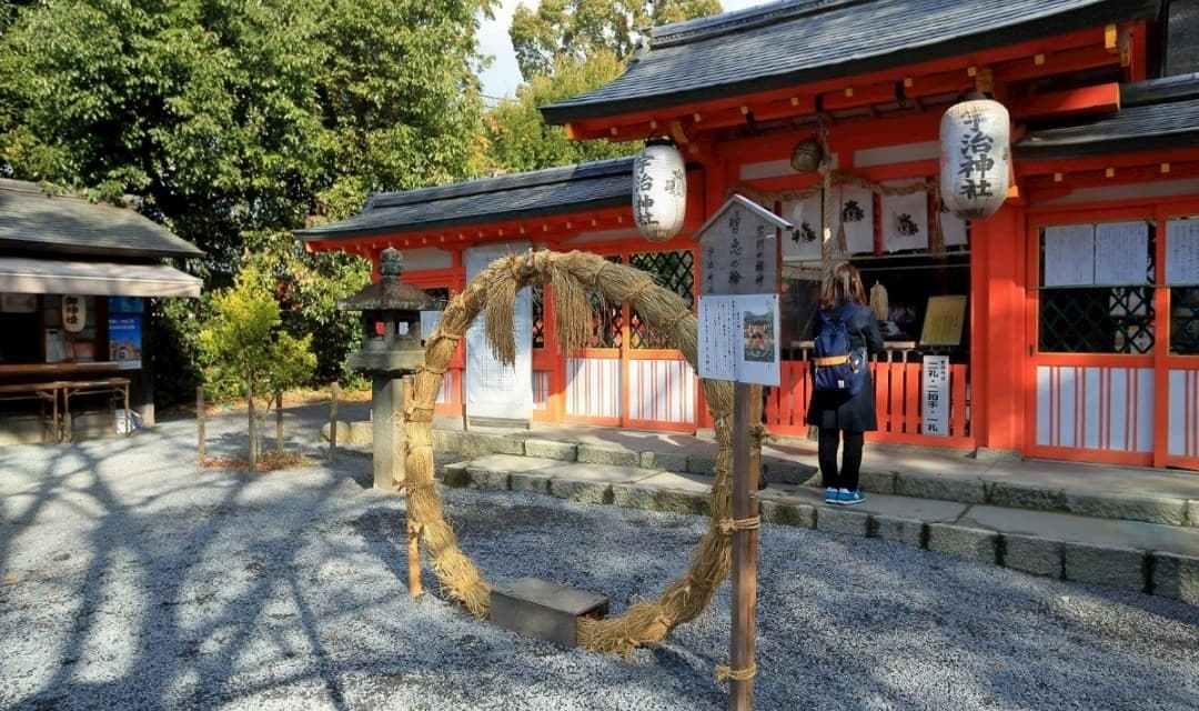 還沒有神社之前,日本如何祭祀 8 百萬神明?