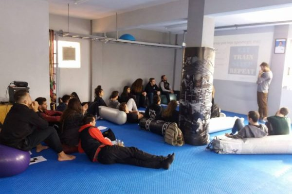 nutriscience ενημέρωση σε αθλητές/ριες muay thai 2