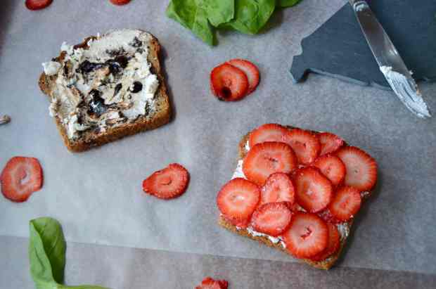Grilled Strawberry & Goat Cheese Ingredients