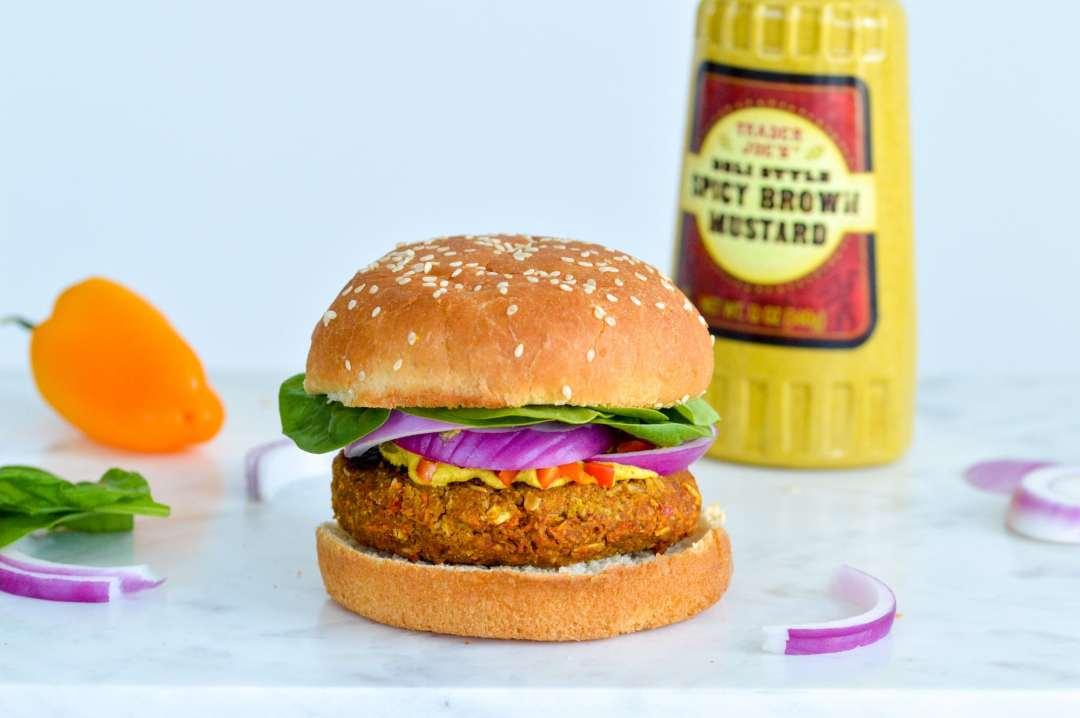 Vegan Veggie Burger Recipe. Made with tempeh. High in protein & gluten-free. #vegan #glutenfree #tempehrecipe #veggieburger