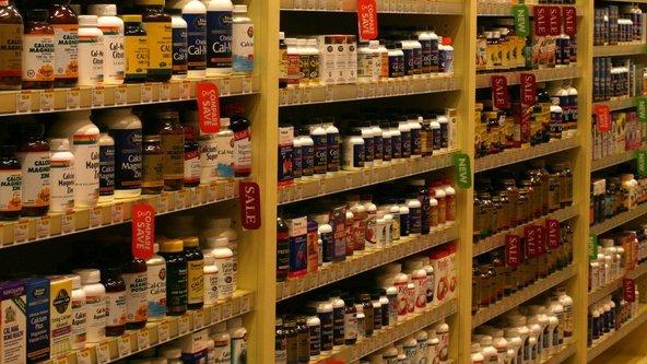 Shelves-of-Supplements.jpg