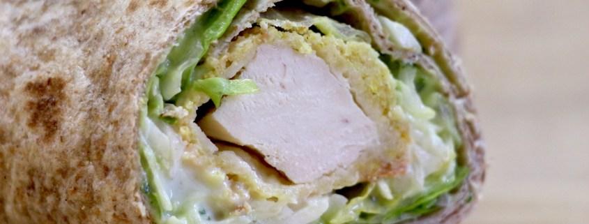 wrap au poulet pané coleslaw
