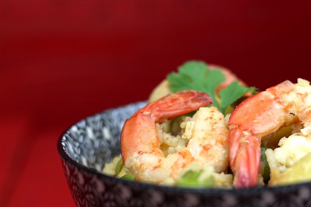riz frit aux crevettes et ananas