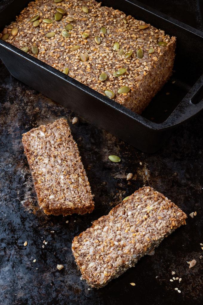 seedy bread with nuts - vegan, grain-free, keto