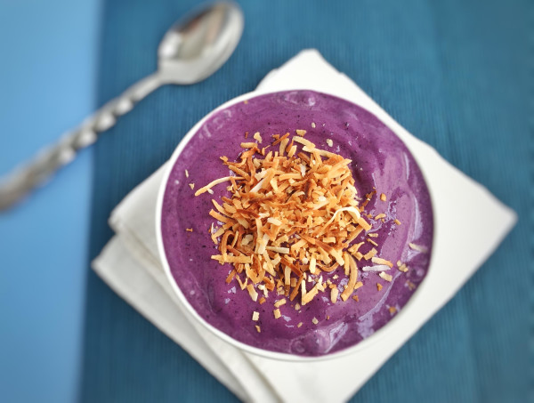 Toasted Coconut Wild Blueberry Smoothie Bowl