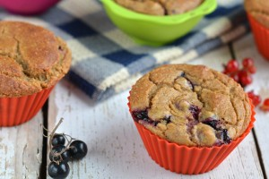Millet-Buckwheat Muffins with Blackcurrants