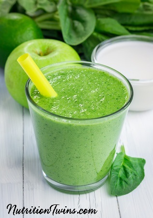 Apple_Spinach_Green_Smoothie