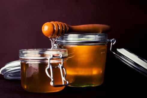 Clear honey in a jar