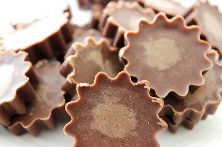 Chocolate Peanut Butter Fat Bombs