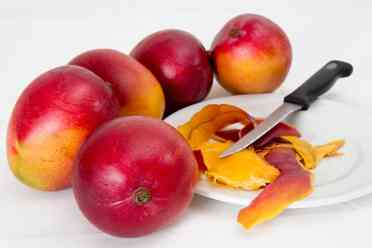 Mangoes and mango peel