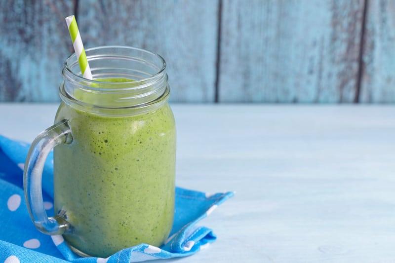 Green wheatgrass smoothie