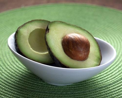 avocado healthy fat for salad