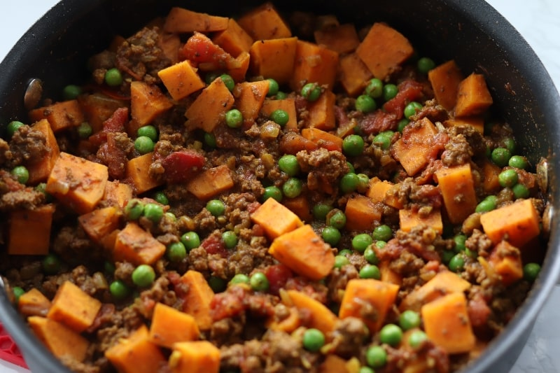 ground beef and sweet potatoes skillet