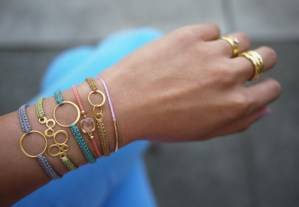 Friendship Bracelets Use Up Thread