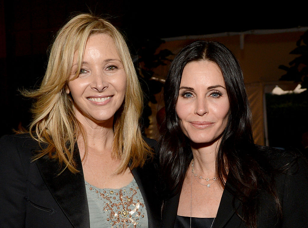 SANTA MONICA, CA - APRIL 25:  Actresses Lisa Kudrow (L) and Courteney Cox attend P.S. ARTS Presents: LA Modernism Show Opening Night at The Barker Hanger on April 25, 2013 in Santa Monica, California.  (Photo by Michael Kovac/Getty Images for P.S. Arts)