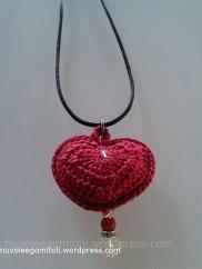 Ciondolo-cuore-rosso