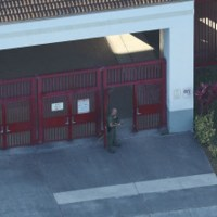 Florida School Cop Who Heroically Stood Around Outside During Parkland Shooting Has Resigned