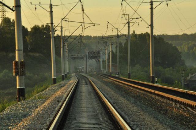 Под Медногорском поезд сбил мужчину