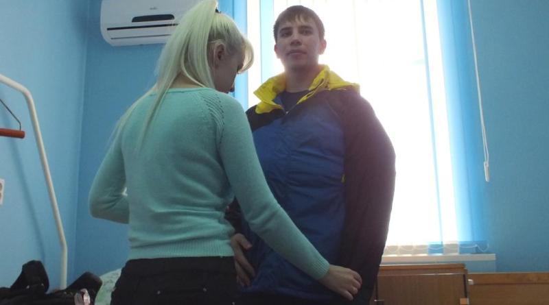 Медногорский полицейский Денис Максудов