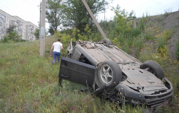 В Медногорске водитель разбил Форд и сбежал