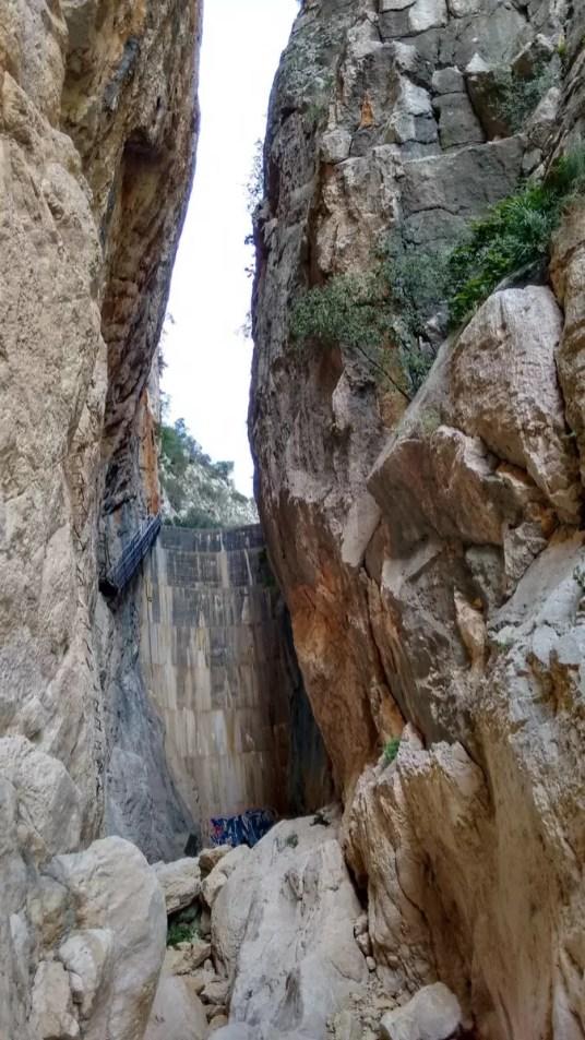achterkant van de dam bij Fleix