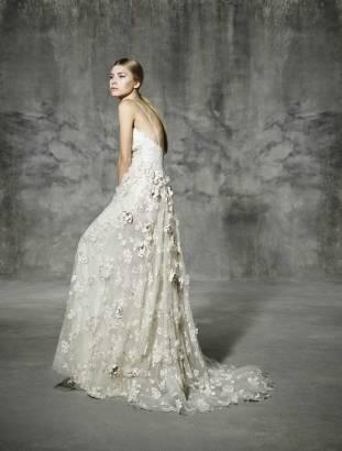 SAGRERA_CAPELINA_808_0204_yolancris_romantic_couture_dress_wedding_barcelona_bridal_gown_novia_vestido