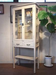 レトロ アンティーク ケビント 医療棚 食器棚 飾り棚