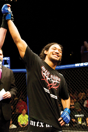 Ben Henderson defeats Shane Roller in a WEC fight on April 5.(Photo by Josh Hedges/WEC Productions, LLC)
