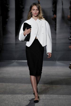 https://i2.wp.com/nwasianweekly.com/wp-content/uploads/2013/32_32/fashion3.jpg?resize=300%2C448