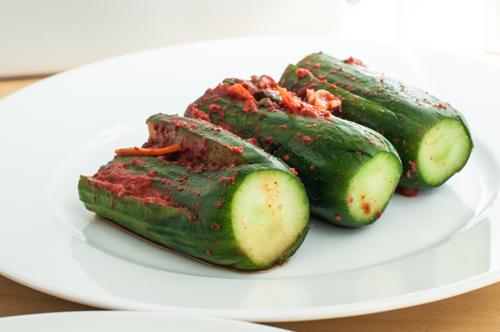https://i2.wp.com/nwasianweekly.com/wp-content/uploads/2014/33_34/food_cucumber.jpg?resize=500%2C332