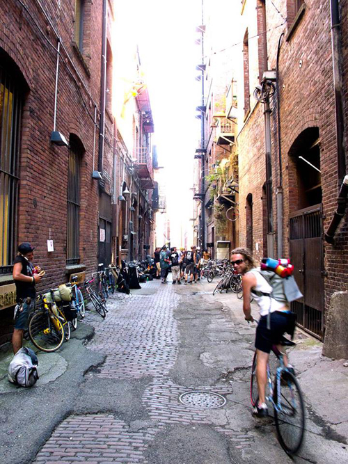 https://i2.wp.com/nwasianweekly.com/wp-content/uploads/2014/33_43/com_bikeshop2.jpg?resize=500%2C667