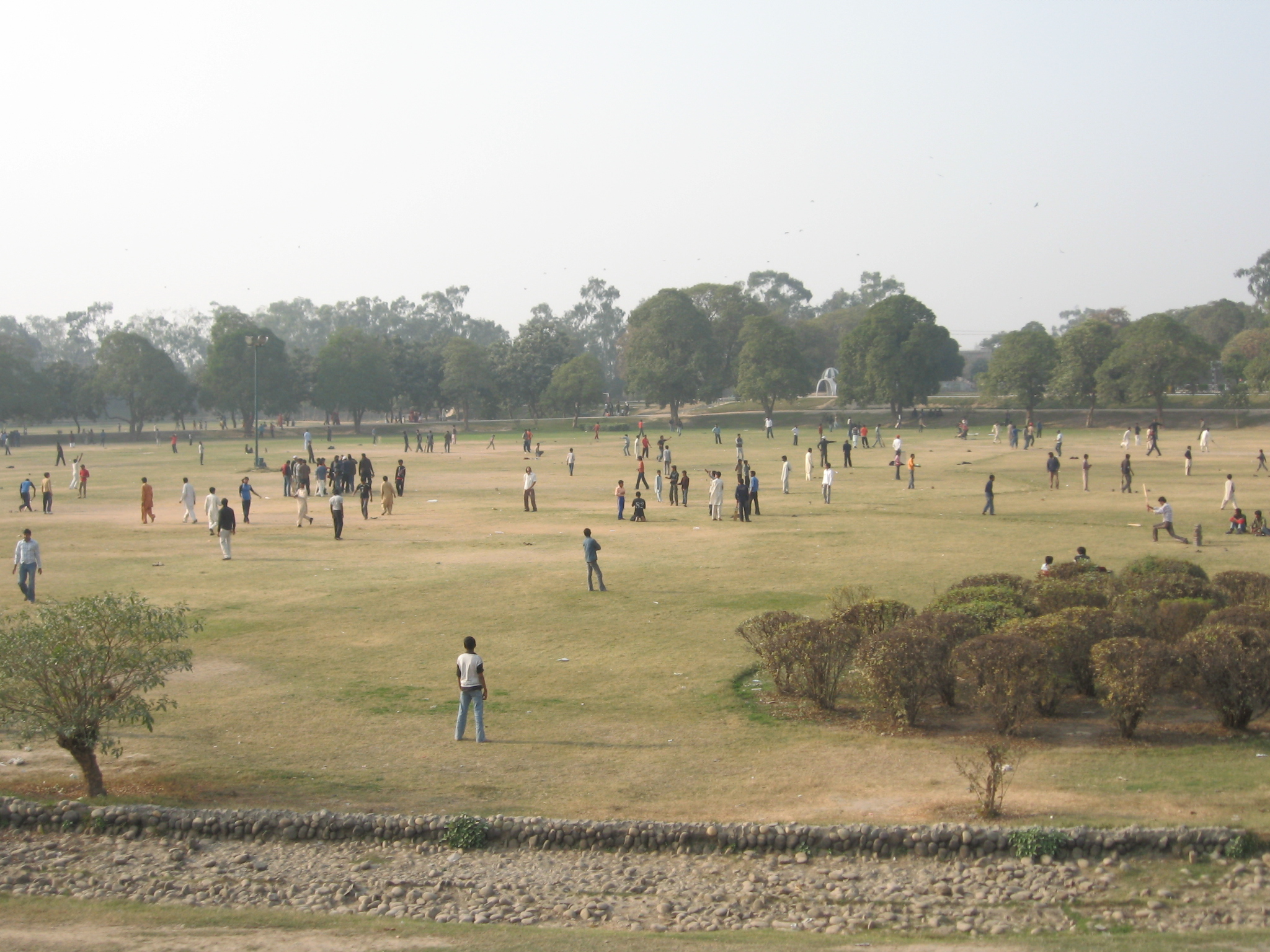 Gulshan-e-Iqbal park (Photo from Wikipedia)